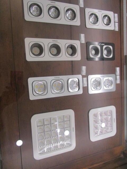 LMD-C30(A) high quality wall europe remote control light switch German standard socket